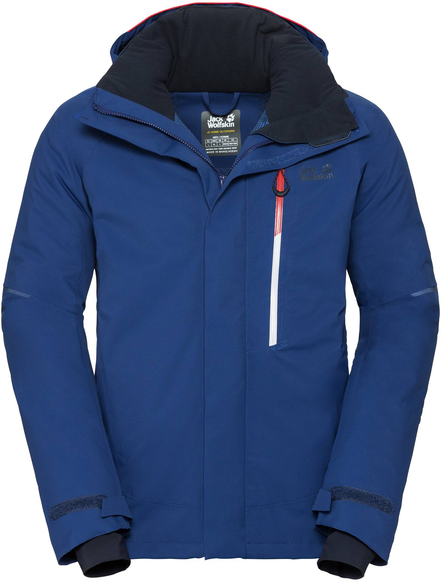 Jack wolfskin jacke at home outdoors
